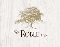 Desarrollo de identidad de marca para Ron Roble