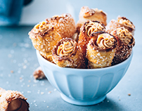 Saffron cones with hazelnut filling