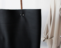 Bag with the changeable handles.