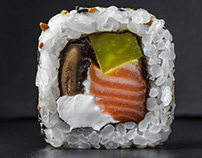 Minimalistic sushi and cocktails photography