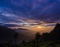 Kolukkumalai / Sunrise at an altitude of 7000ft