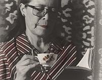 Café y un libro para mi mamá / Foto Estudio