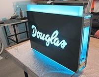 Parfumeria Đouglas - Signage Design