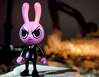 Mad Rabbit 6″ Resin Figure