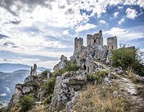 A day whit Lady Hawk. Rocca Calascio Abruzzo Italy