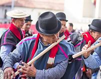 Comunidad indígena apoyando el proceso de paz -Colombia