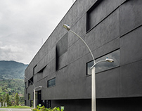 Fernando Botero Library