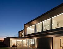 Beiriz House by Raulino Silva