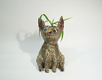 Brown Cat Planter