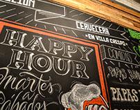 Hops Cervecería / pizarrón con lettering .-