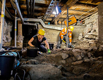 Archaeologists at Work | Photography & video
