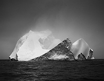 Antarctica in Black & White - Chapter 1: Icebergs