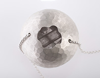 los diamantes blancos. Necklace