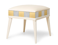 Peggy . Stool | Time Collection | Munna