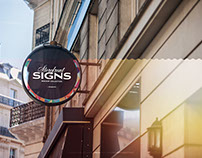 Round Storefront Signboard PSD Mock up