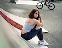 skate with lorina/