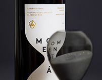 Momentán Wine Label