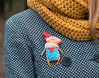 Little rooster (brooch)