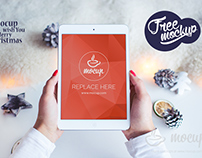 Free PSD Mockup iPad 2 Mini White Christmas