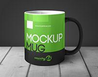 MockUp Mug in Table Free PSD