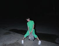 【 绿男夜巡游记 】