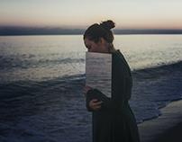 Hug the sea