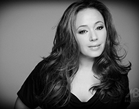 Leah Remini - American actress ( King of Queens )