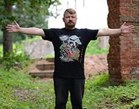 ARCHANGEL MICHAEL DEFEATING THE SNAKE man t-shirt