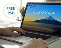 Free macbook psd mockup