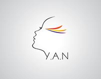 YAN彩妆工作室logo