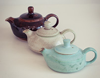 3 little teapots