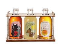 Label design for liqueur