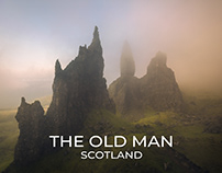 A foggy morning at the Old Man of Storr