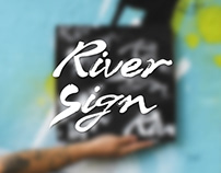 Product photography - T-Shirt RiverSign