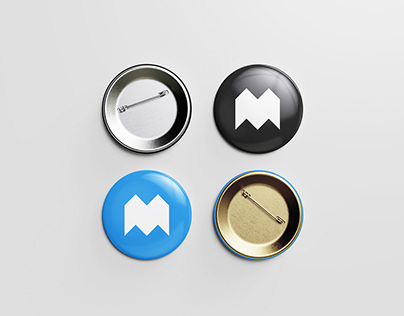 Free Pin Button Mockup