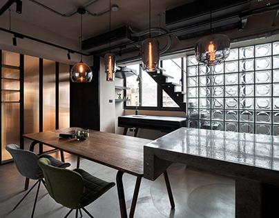 Shin-Shin Interior|Glass House