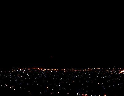 es de noche.