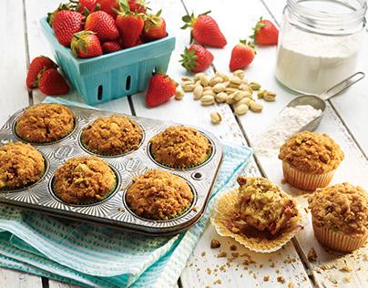 Strawberry Pistachio Crumble Muffins