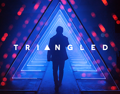 TRIANGLED - Immersive Light Installation