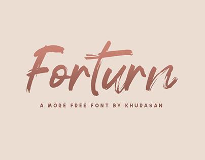 FORTURN - FREE BRUSH FONT
