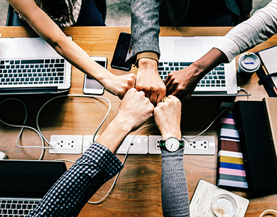 Good Friends as Colleagues Can Boost Productivity