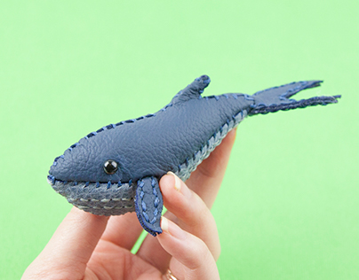 Mini leather whale brooches