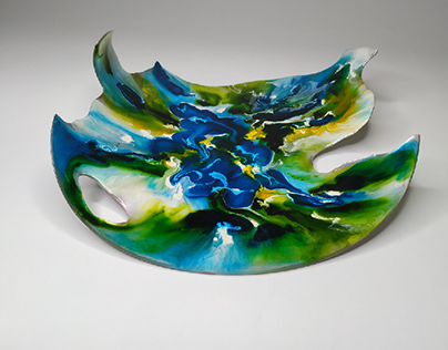 """Deeply"" decorative plate"