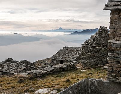 Fog and ruins