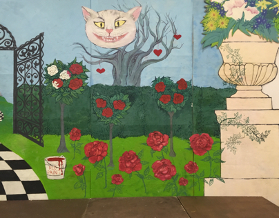 Alice in Wonderland, stage design