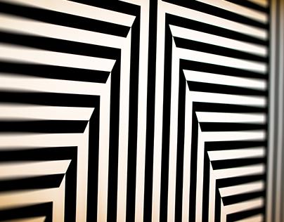 Striped Wall - Met