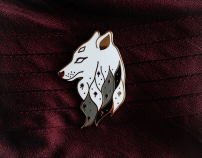 Wolf Enamel Pin