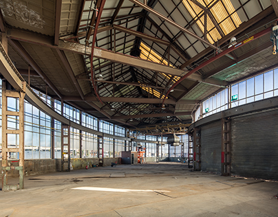 Polygonal Warehouse