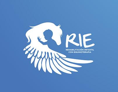 Rie. Servir con Valor / ID