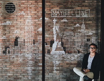 Maybelline Mural - Brewery at the Palace